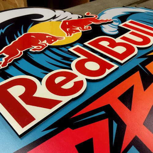 arkaic-concept-usinage-cnc-bois-gravure-laser-lyon-impression-uv-atelier-cratif-made-in-france-eco-responsable-redbull-trophées