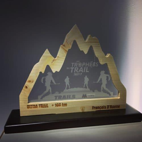 trophes-ville-de-lyon-arkaic-concept-trail-usinage-atelier-cration-gravure-laser-bois-eco-responsable-made-in-france-rhônes-france-lyon
